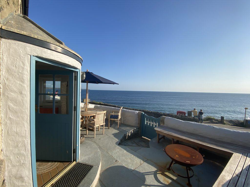 Secret Bolthole, Anchor cottage terrace